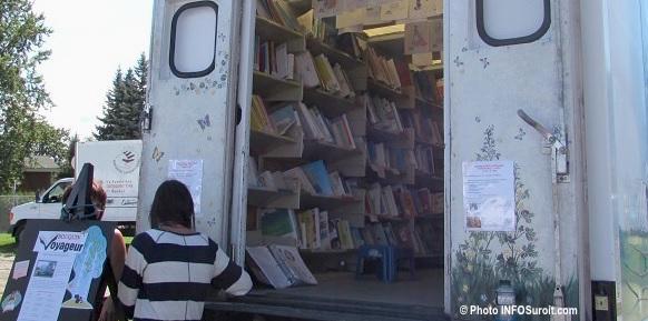 bibliobus Chateauguay saison estivale dans les parcs photo INFOSuroit