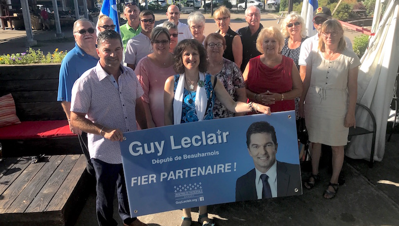 depute de Beauharnois GuyLeclair remise OBNL soutien action benevole aout 2018 photo courtoisie