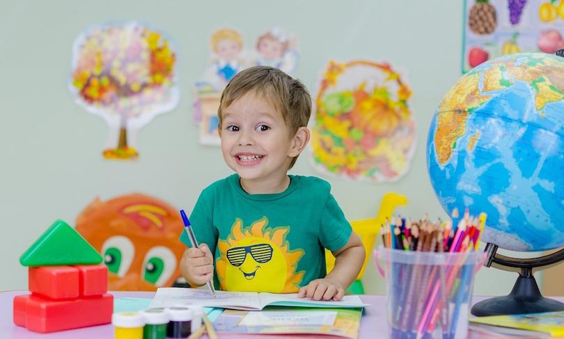 enfant ecole classe rentree scolaire photo Mihail_fotodeti via Pixabay CC0 et INFOSuroit