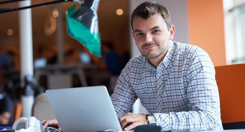 entrepreneur affaires partage de connaissance photo Alyibel via Pixabay CC0 et INFOSuroit