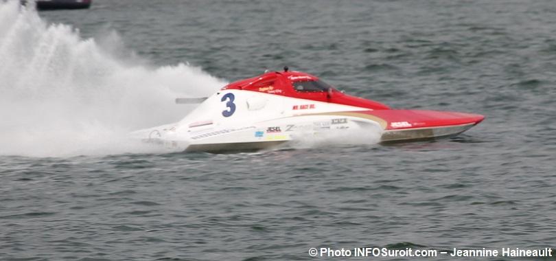 Formule-2500-regates-Beauharnois-F-3-Dylan_Runne-photo-INFOSuroit-Jeannine_Haineault