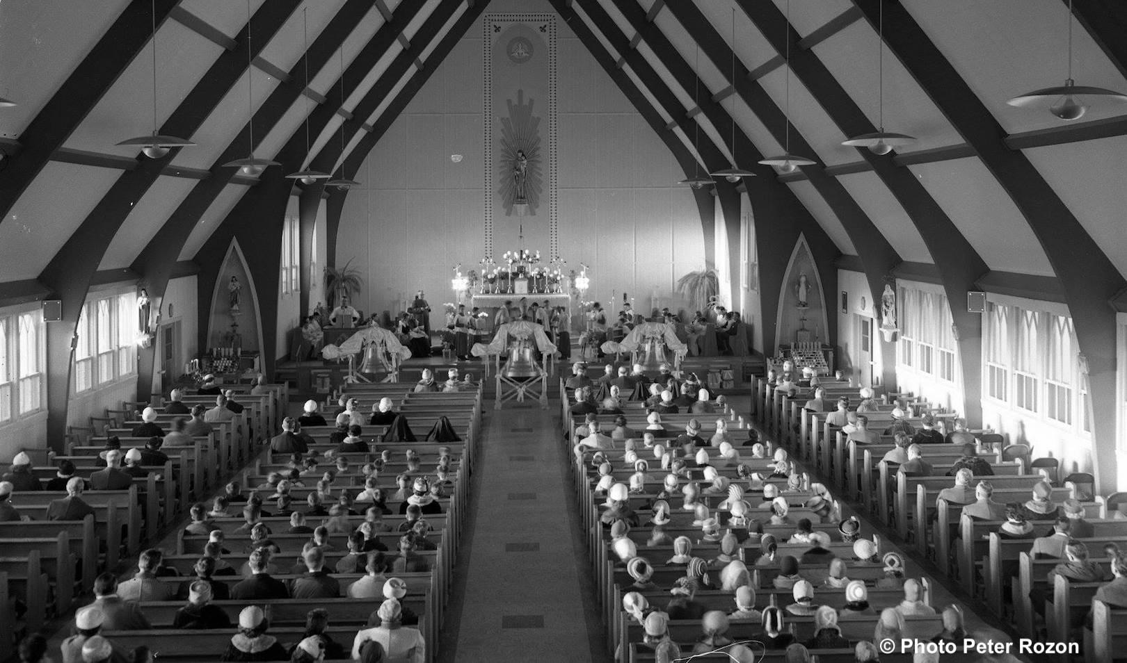 benediction des cloches eglise St-Joseph-Artisan a Valleyfield 1958 Copyright photo Peter_Rozon via MUSO