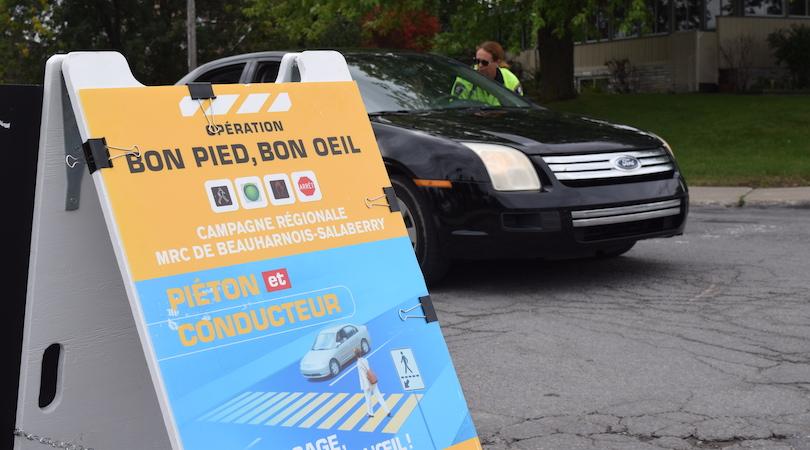 operation securite pietons bon pied bon oeil 12sept2018 Beauharnois police photo MRC