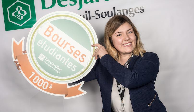 Claudia_Bonin-Gauthier une des laureates de bourses etudiantes Desjardins Vaudreuil-Soulanges en fev2018 photo courtoisie DVS