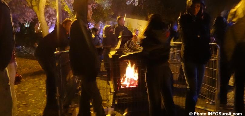 Nuit des sans-abris a Valleyfield feu visiteurs photo INFOSuroit