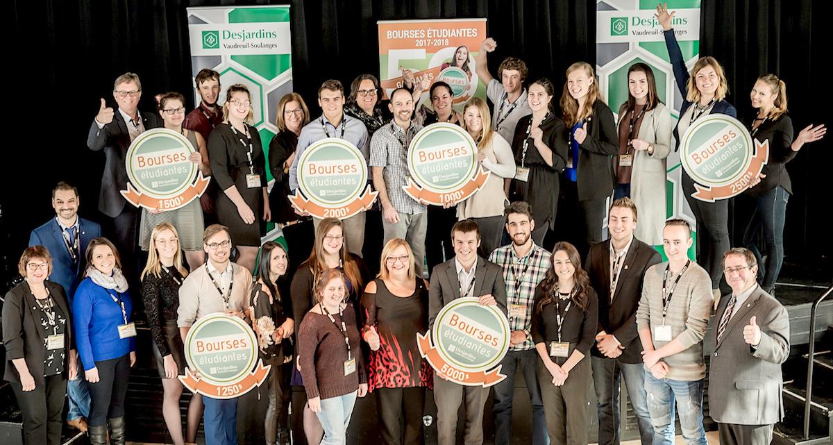 gagnants de bourses etudiantes Desjardins Vaudreuil-Soulanges fev2018 photo DVS