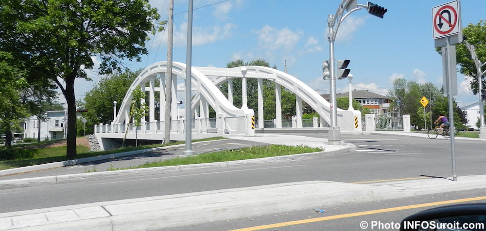 pont Blanc pont Salaberry depuis rue Victoria a Valleyfield Photo INFOSuroit_com
