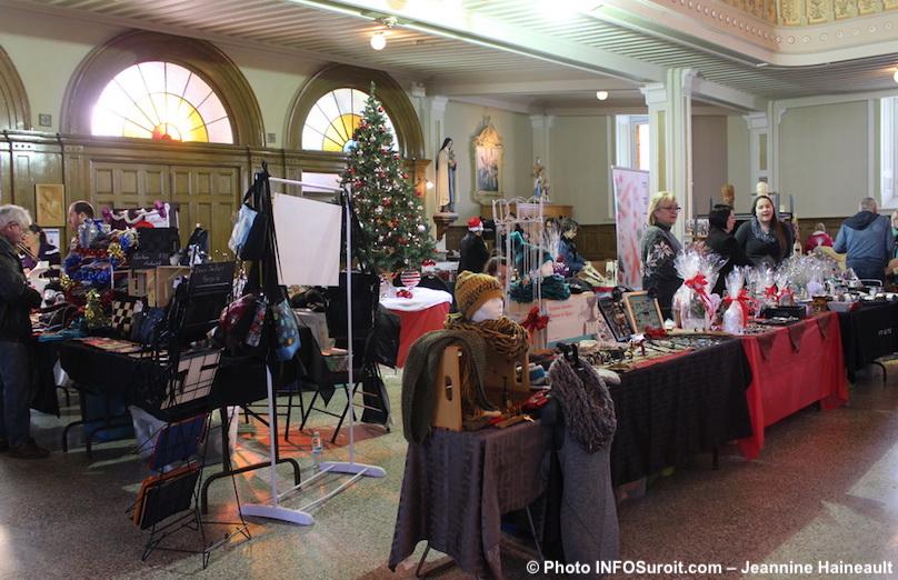 Marche de Noel 2016 a Saint-Louis-de-Gonzague photo INFOSuroit-Jeannine_Haineault