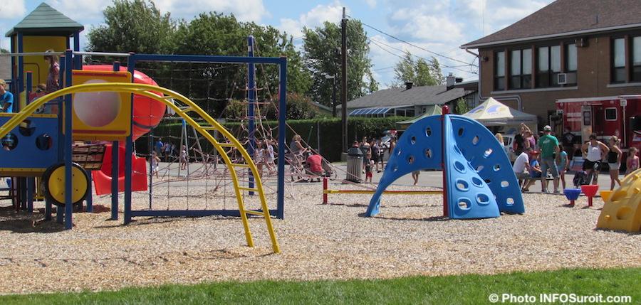 parc-ecole Omer-Seguin a St-Louis-de-Gonzague lieu de la fete familiale photo INFOSuroit