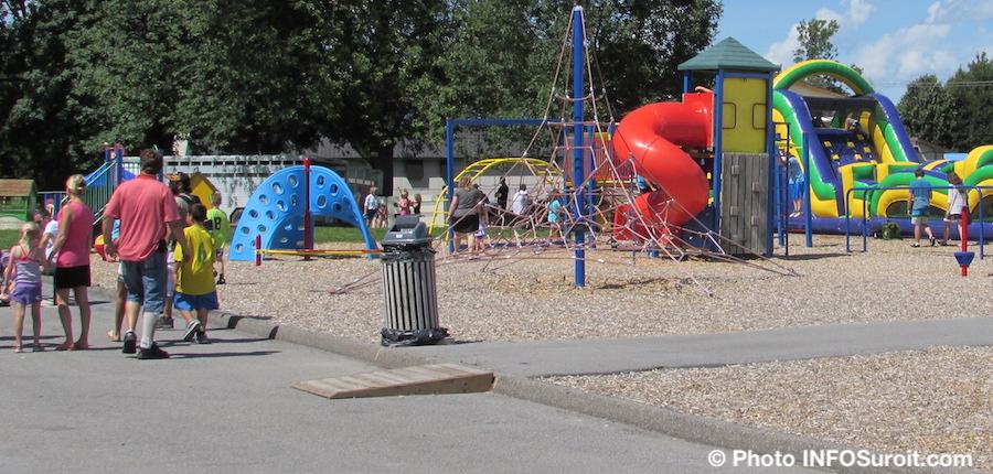 parc ecole Omer-Seguin durant fete familiale a St-Louis-de-Gonzague photo INFOSuroit