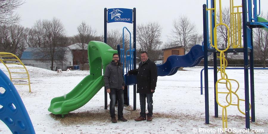 MADumouchel et maire YDaoust St-Louis-de-Gonzague dec2018 photo INFOSuroit