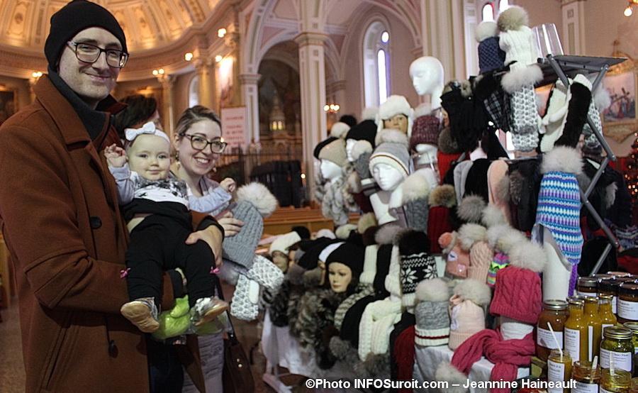 Marche de Noel 2018 a Saint-Louis-de-gonzague famille visite photo Jeannine_Haineault pour INFOSuroit