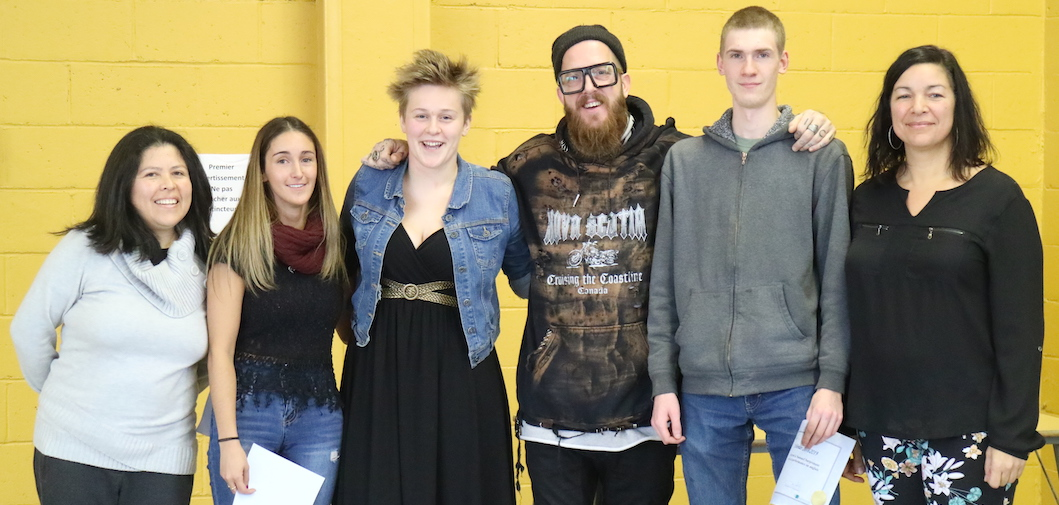Master_Bougarricci avec etudiants Centre nouvelle Ecole Beauharnois dec2018 photo via CSVT