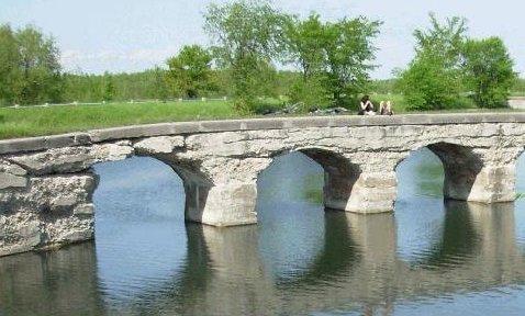 canal de Soulanges qui longe la route 338 photo via Tourisme Suroit