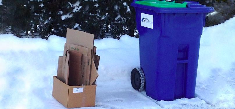 carton recuperation matieres recyclables neige hiver photo via MRC BhS publiee par INFOSuroit