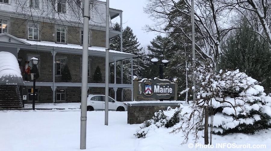 hotel de ville mairie de Chateauguay nov2018 photo INFOSuroit_com