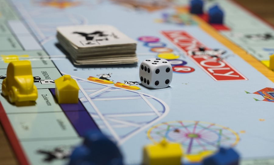 jeux de societe Monopoly photo Bru-nO via Pixabay CC0 et INFOSuroit
