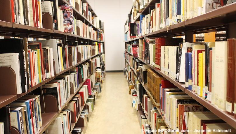 livres-bibliotheque-Armand-Frappier-Valleyfield-bouquins-recherche-photo-JHaineault-INFOSuroit