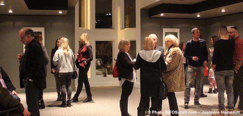 vernissage-expo-IanReidLangevin-galerie-art-MRC-a-Beauharnois-photo-Jeannine_Haineault-INFOSuroit