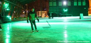 patin en soiree Agora citoyenne Chateauguay photo JHaineault INFOSuroit