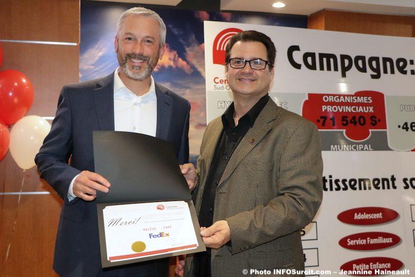 centraide certificat reconnaissance a FedEx avec SHickey photo JHaineault INFOSuroit