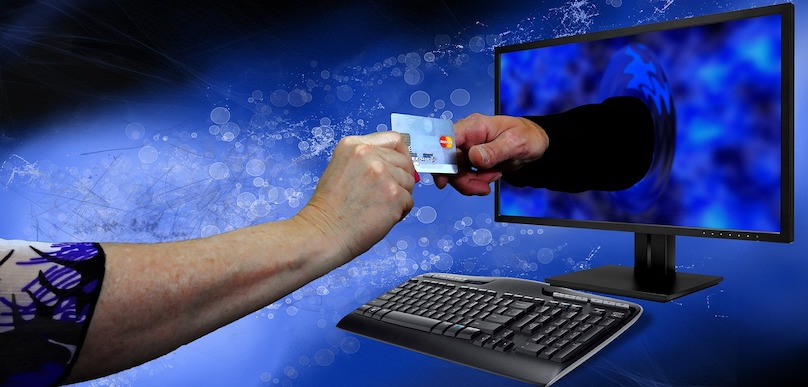 fraude en ligne achat internet credit photo viaule Bru-nO via Pixabay et INFOSuroit