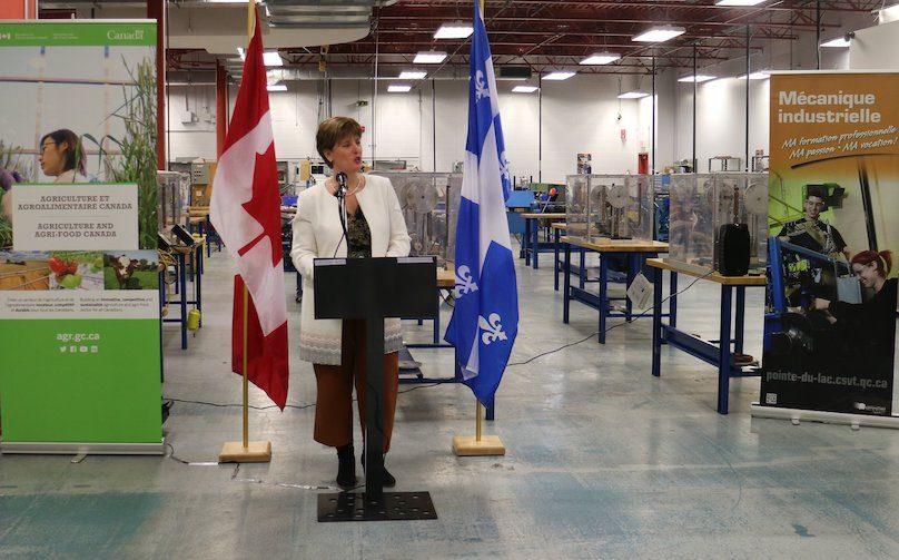 ministre Marie-Claude_Bibeau au CFP Pointe-du-Lac mars2019 photo via CSVT