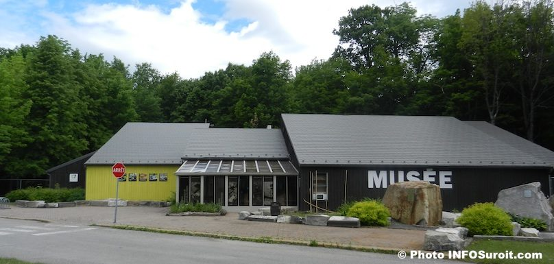 Musee-quebecois-d-archeologie-a-Pte-du-Buisson-Beauharnois-saison-estivale-Photo-INFOSuroit