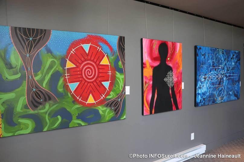 autres tableaux artiste Stephan_Daigle expo avr2019 a MRC Beauharnois photo JH INFOSuroit