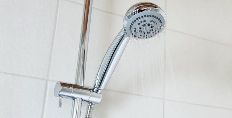 douche eau potable consommation photo PublicDomainPictures via Pixabay et INFOSuroit