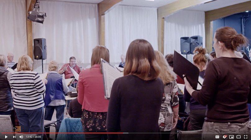 extrait emission Capital_humain avec Choeur des Gondoliers visuel via chaine YouTube TVSO