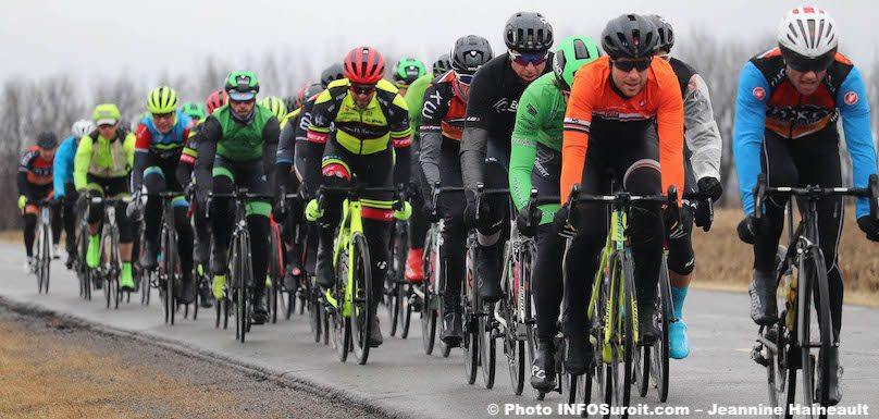 velo course Grand Prix cycliste Ste-Martine avril2019 photo JHaineault INFOSuroit
