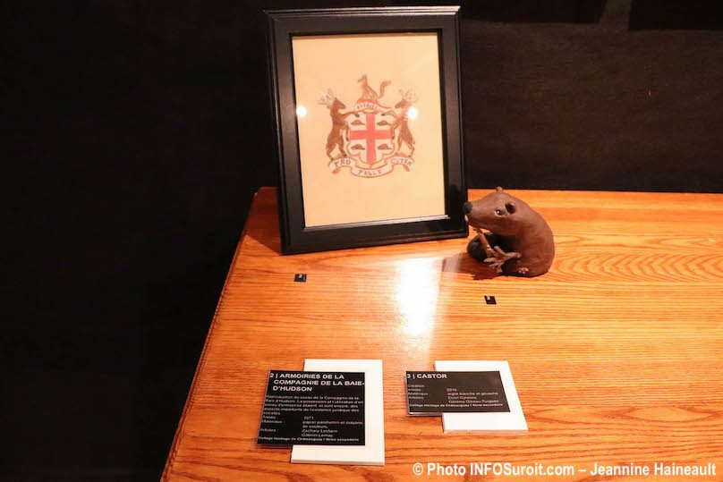 armoirie La_Baie expo Objets de memoire Pointe-du-Buisson Photo JH INFOSuroit