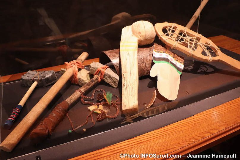 artefacts expo Objets de memoire 2019 Pointe-du-Buisson photo JH INFOSuroit
