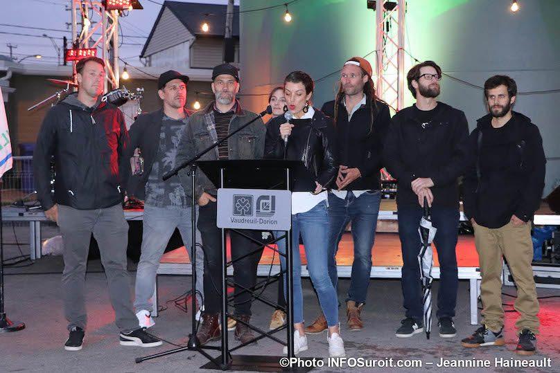 equipe Ashop createur oeuvre tour_d_eau Vaudreuil-Dorion photo JH INFOSuroit