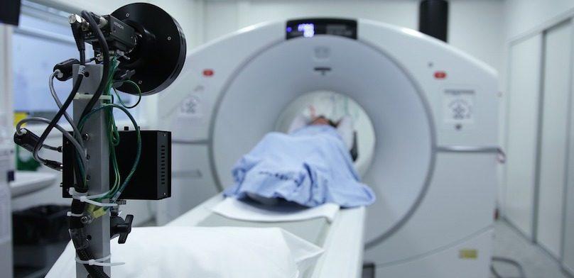 radiologie imagerie raisonnance magnetique hopital photo Bokskapet via Pixabay et INFOSuroit