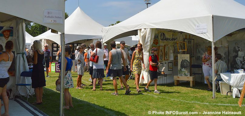 Festival des arts de Valleyfield 2018 kiosques artistes et visiteurs photo JH INFOSuroit