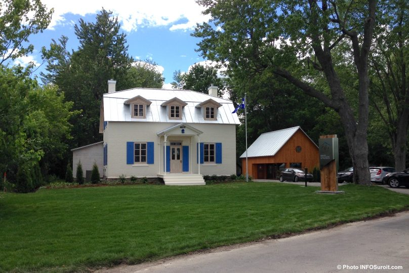 Maison Felix_Leclerc de Vaudreuil-Dorion face lac des Deux-Montagnes photo INFOSuroit