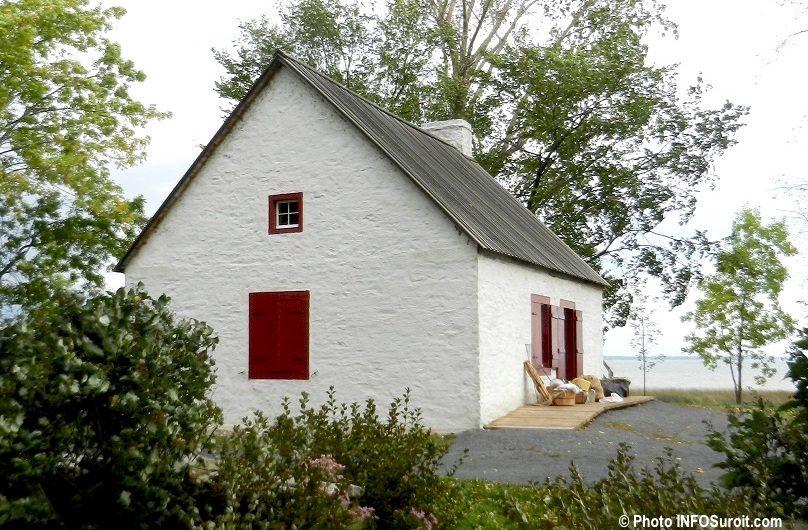 Maison meunier parc historique de la Pte-du-Moulin Ile-Perrot pres lac Saint-Louis 2012 photo INFOSuroit