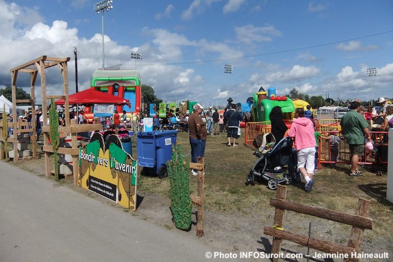 Rodeo International Valleyfield festival equestre place de la famille photo INFOSuroit