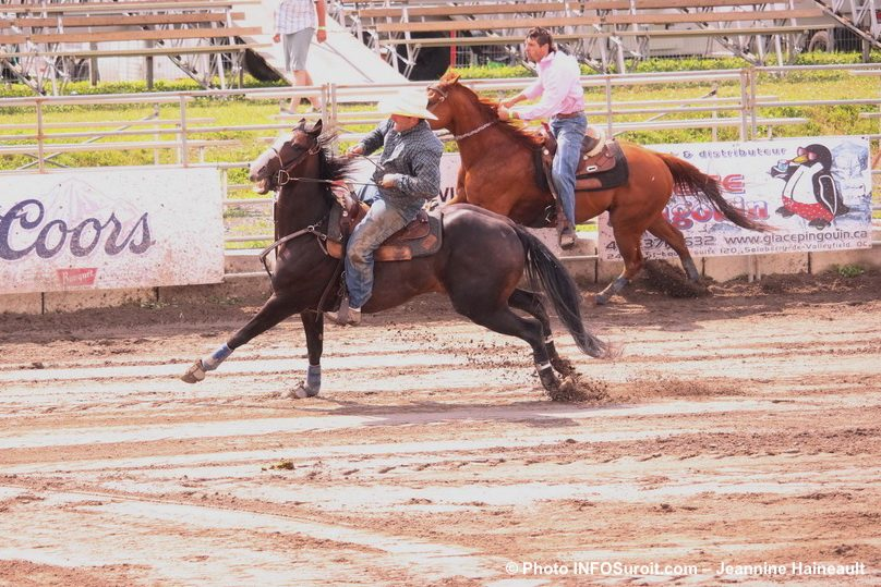 Rodeo Valleyfield 2017 chevaux et cavaliers photo JHaineault INFOSuroit