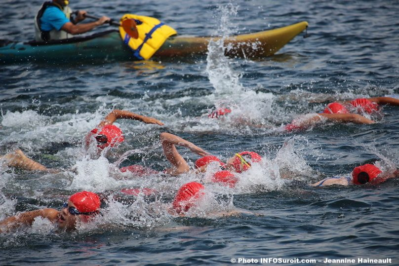 Triathlon Valleyfield natation nageurs photo JHaineault INFOSuroit