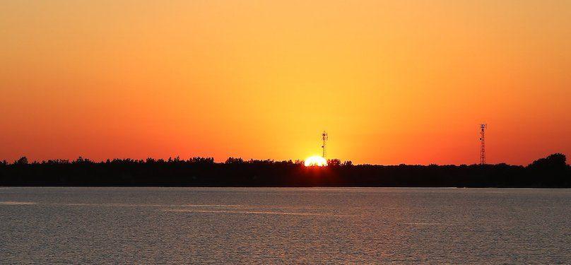 coucher de soleil sur lac Saint-Francois photo prise durant croisiere 2018 Comite ZIP HSL