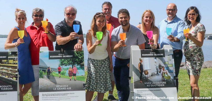 elus et intervenants tourisme lancement saison 2019 MRC Beauharnois-Salaberry photo JH INFOSuroit