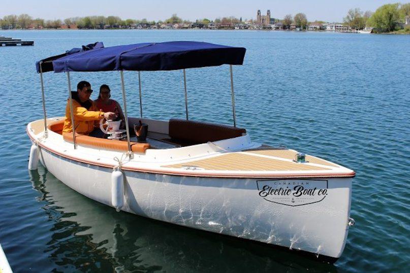 Aquapiknik location petit bateau electrique photo via MRC