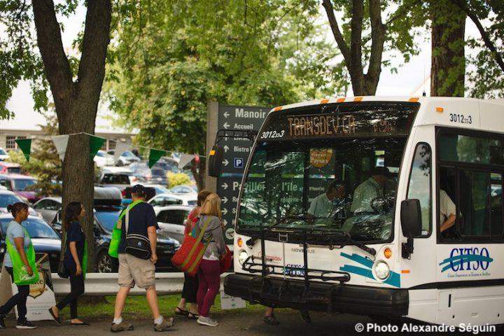 Ecomarche de l_ile St-Bernard a Chateauguay avec navettes gratuites autobus photo AlexandreSeguin via HSB