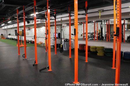 barres exercices salle multifonctionnelle gym Cite des Arts et des Sports photo JH INFOSuroit