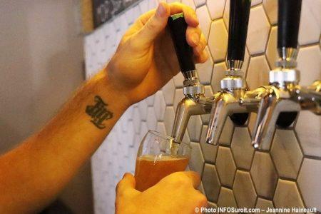 biere microbrasserie la Centrale a Beauharnois lancement aout2019 photo INFOSuroit JH