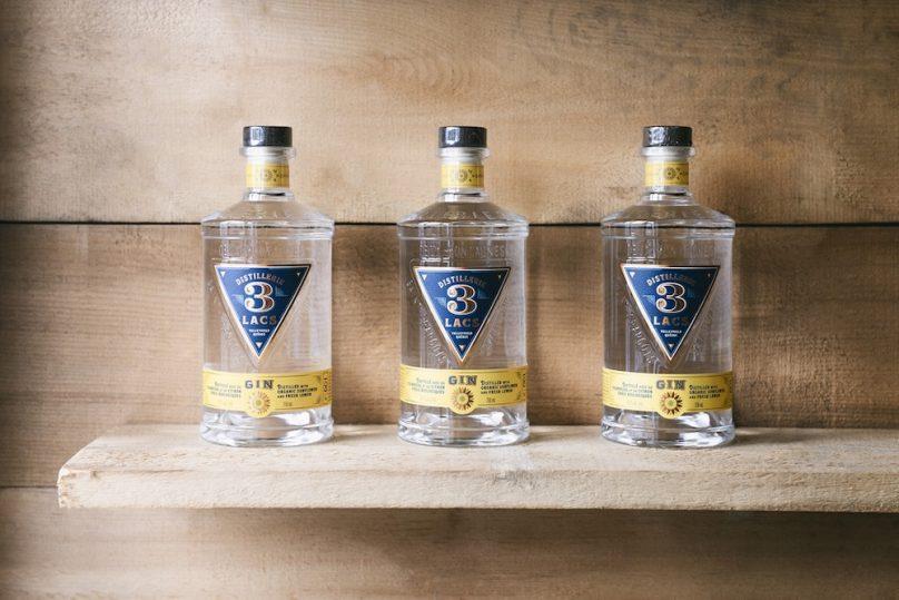 gin 3 Lacs bouteilles photo Distillerie 3 Lacs Facebook