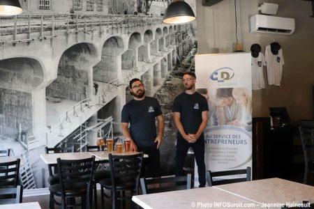 lancement microbrasserie la Centrale a Beauharnois aout2019 promoteurs photo JH INFOSuroit